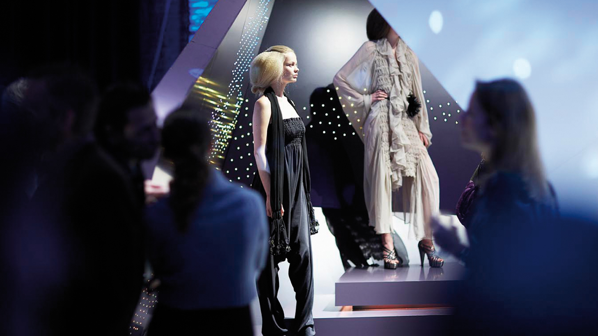 Dart stages the Illuminesca 2008 exhibition for Philips