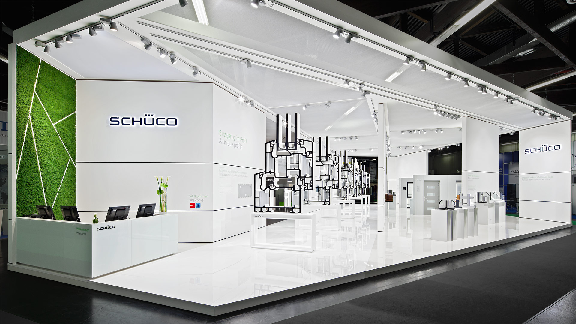 Dart stages the Schüco fair stand at the Frontale 2014