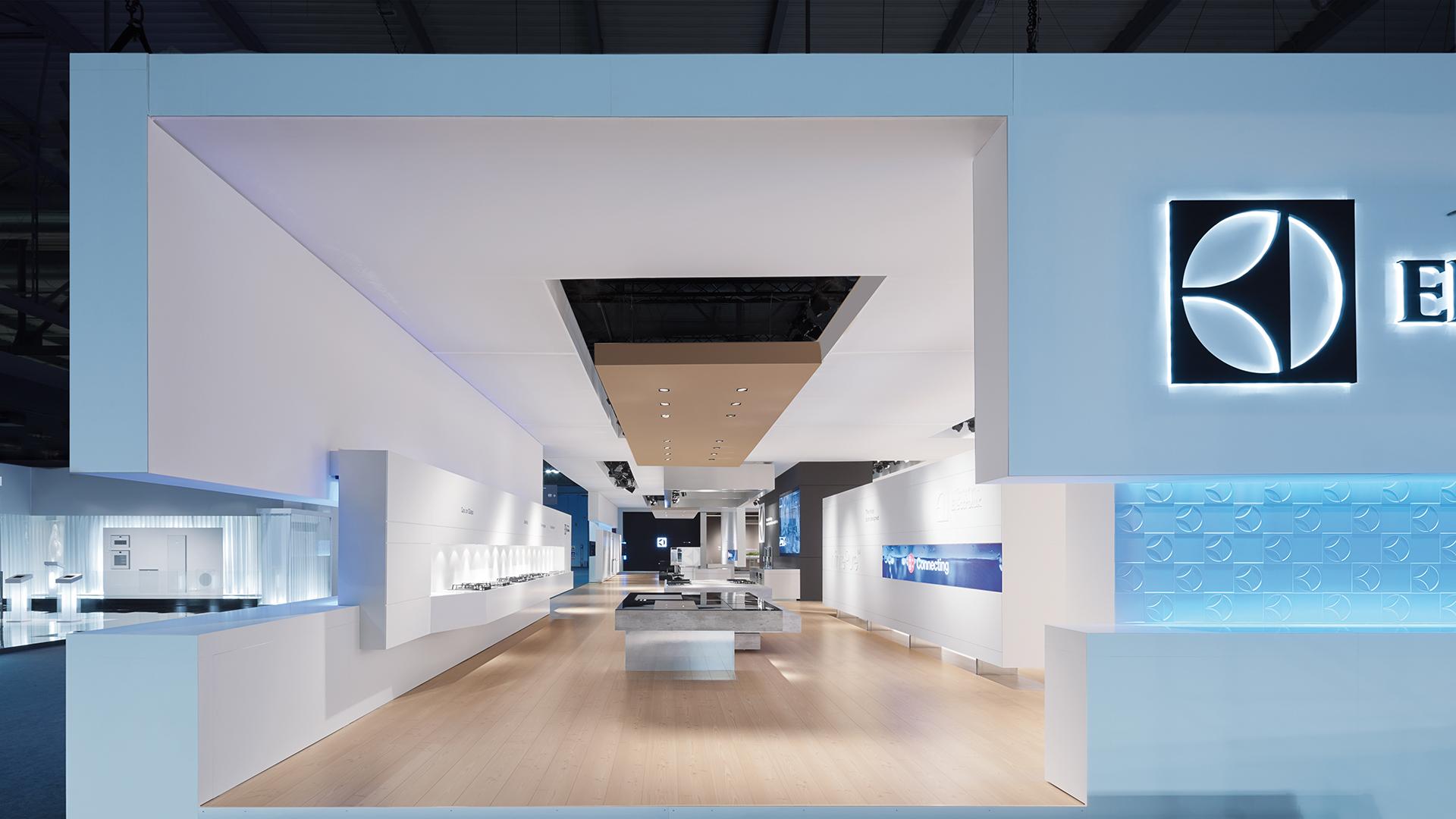 Dart inszeniert den Messestand von Electrolux auf der EuroCucina 2012