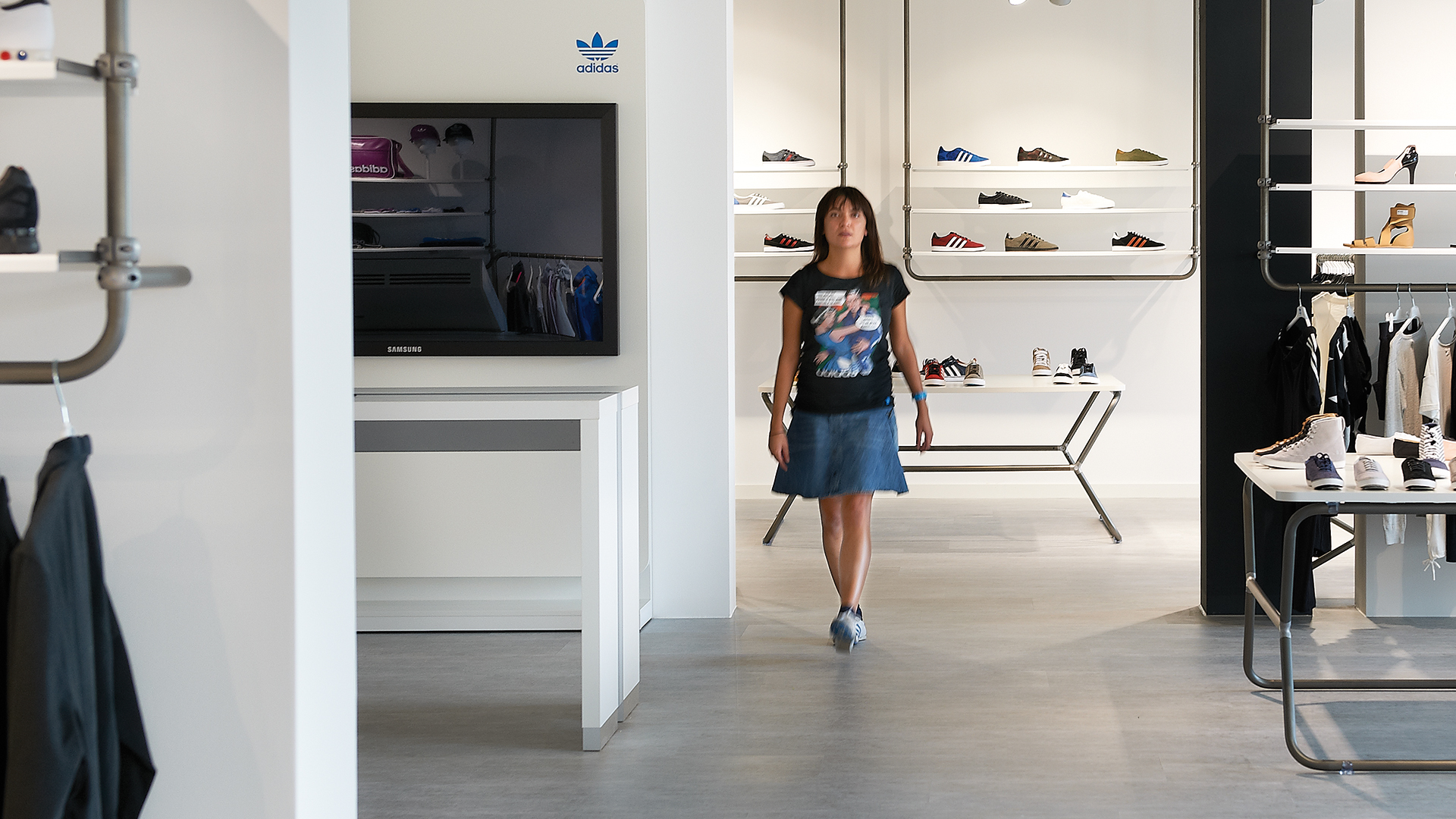 Dart stages the mediatecture for adidas for VSIT 2012