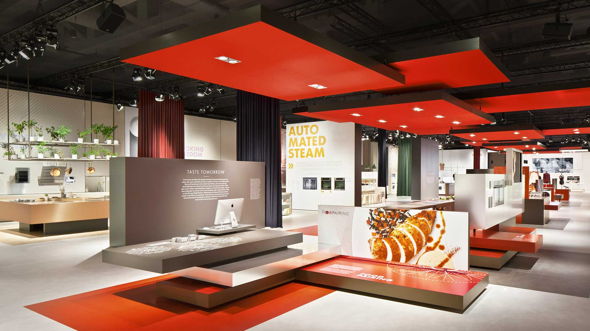 Dart stages the Electrolux fair stand at the IFA 2014