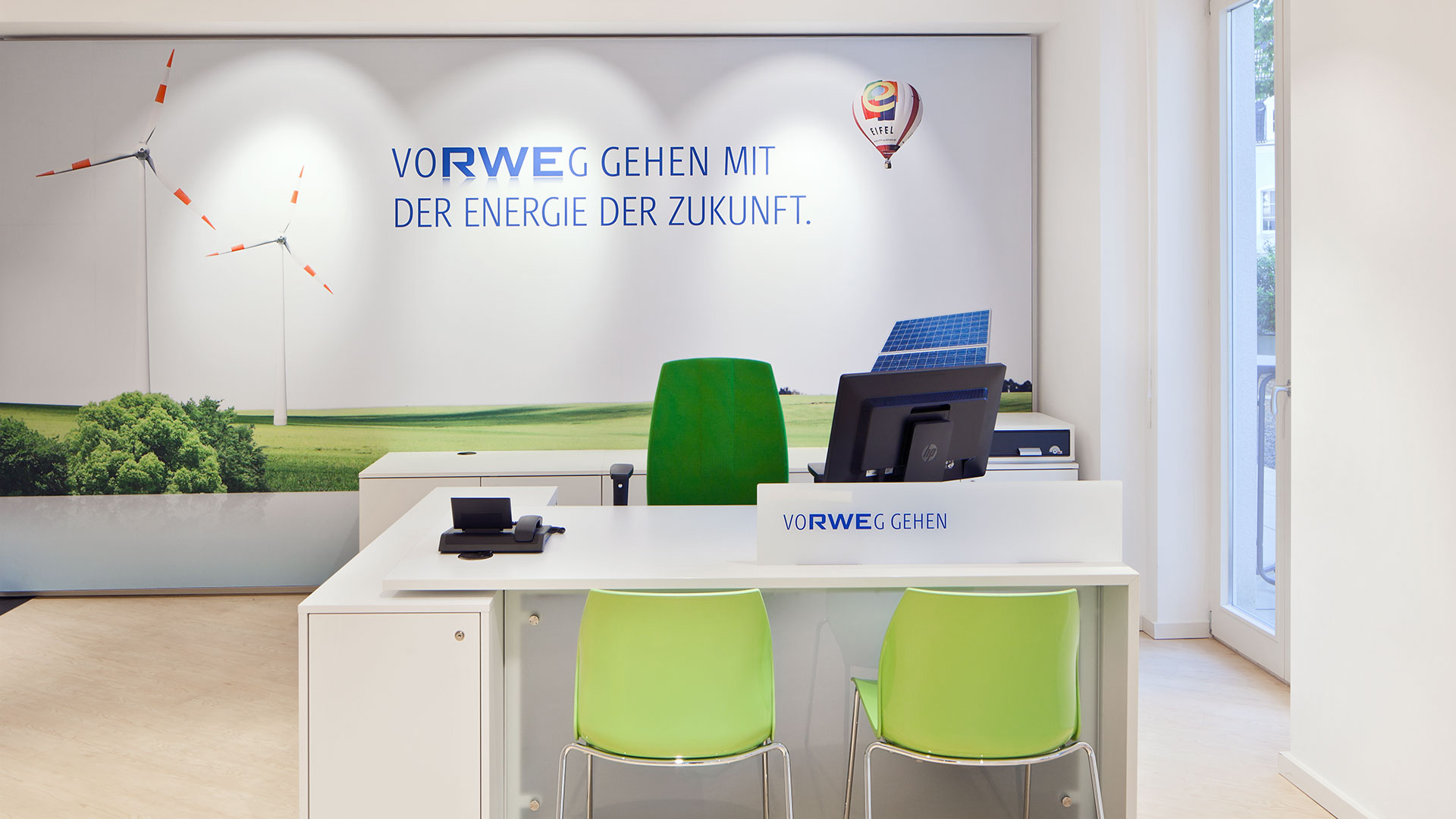 Dart stages the shop concept for RWE for the Energy Shops 2015