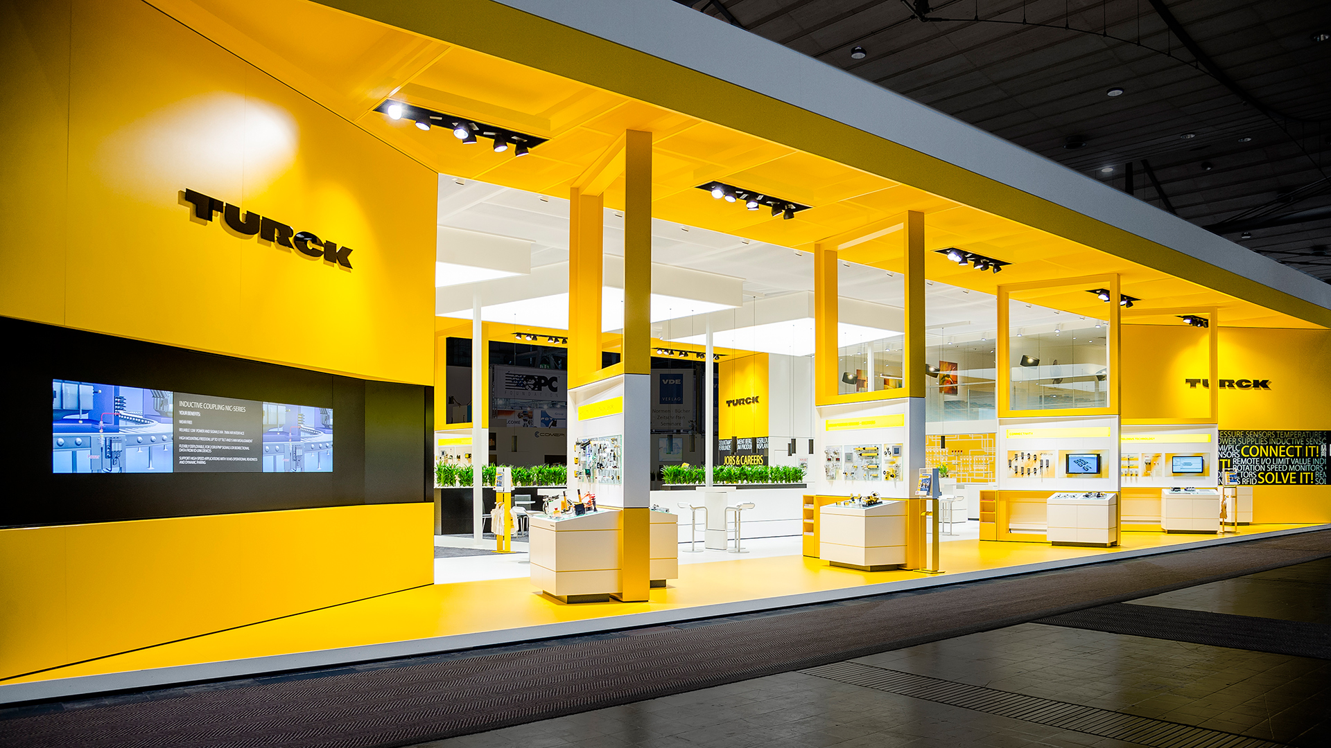Dart stages the Turck fair stand at the HMI 2014